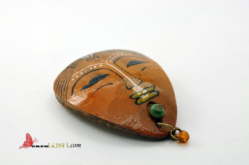 Broşă cocos Africanca