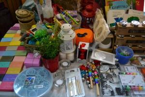 jucării educative pentru copii şi obiecte de decor